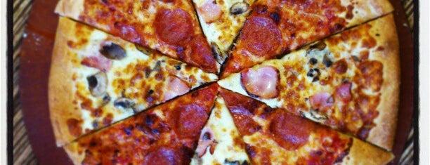 Pizza Hut is one of Hookah by'ın Beğendiği Mekanlar.