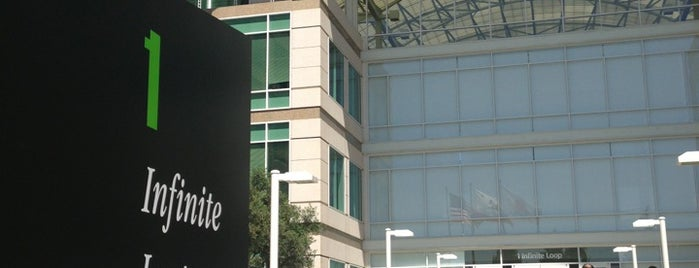Apple Inc. is one of Ashley 님이 좋아한 장소.