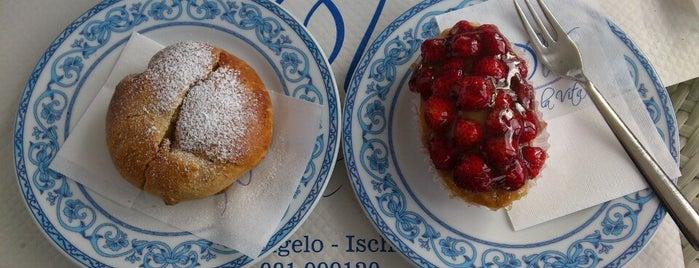 Bar Pasticceria Dolce e' La Vita is one of Italia.