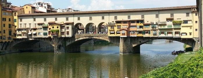 Ponte Vecchio is one of 建築マップ ヨーロッパ.