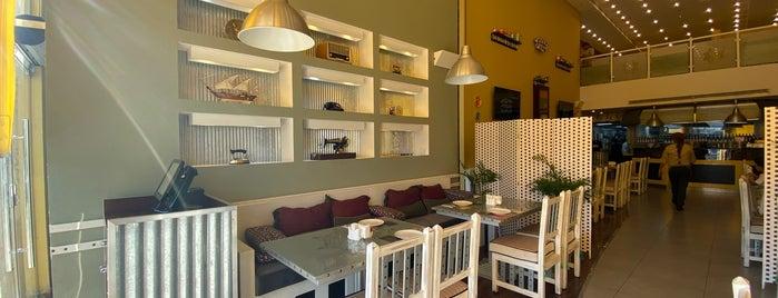 Cafe Bazza is one of Queen'in Kaydettiği Mekanlar.