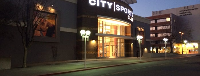 City Sports Club is one of Lugares favoritos de Eric.