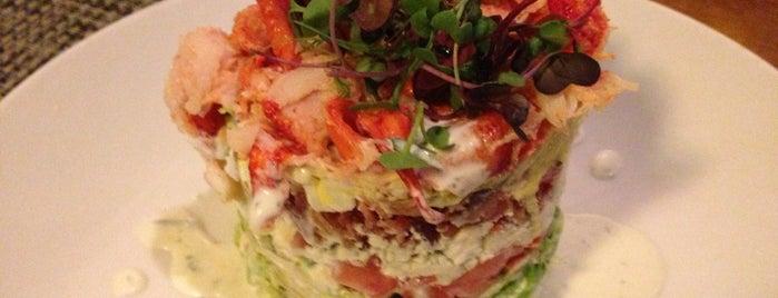 McCormick & Schmick's Seafood Restaurant is one of Happy Hour Essentials.