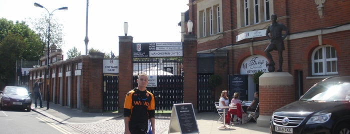 Craven Cottage is one of Stadiums of Europe.