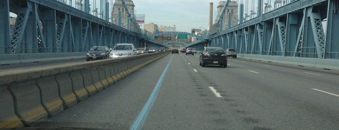 Pont Benjamin Franklin is one of Philadelphia.