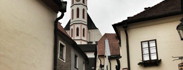Kostel sv. Víta is one of สถานที่ที่ Денис ถูกใจ.