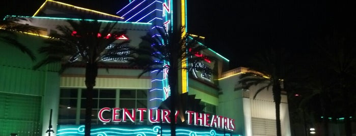 Century Theatre is one of Lugares favoritos de James.