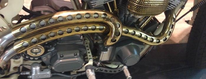 Сервис Harley-Davidson is one of Locais curtidos por Алексей.