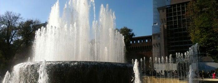 Fontana del Castello Sforzesco is one of arte e spettacolo a milano.