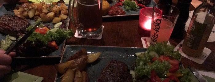Hardy´s Restaurant & Kneipenkultur is one of Johanna'nın Beğendiği Mekanlar.
