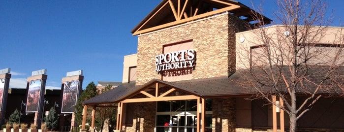 Sports Authority is one of Locais curtidos por Brook.