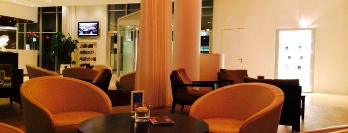 Parkhotel Zug is one of Lugares favoritos de Manuel Ernesto.