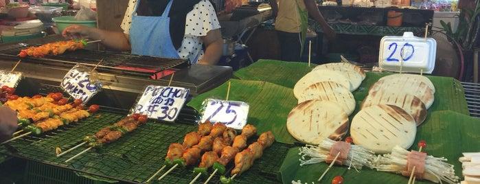 Jomtien Night Market is one of Orte, die Анна gefallen.