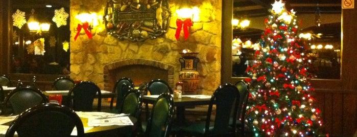 College Diner is one of Locais salvos de Lizzie.