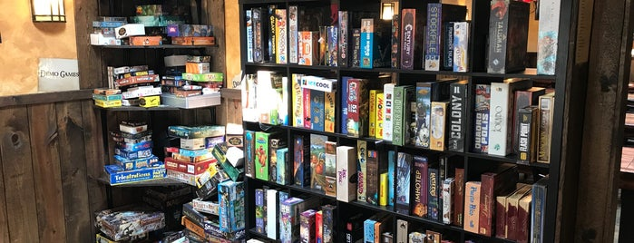 Zulu's Board Game Cafe is one of Sashaさんのお気に入りスポット.