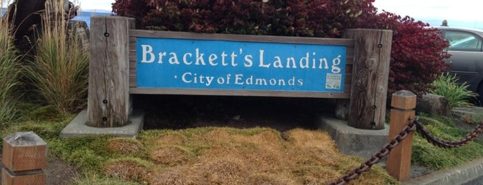 Brackett's Landing is one of สถานที่ที่ Mark ถูกใจ.