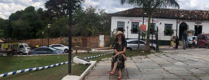 Pirenópolis is one of สถานที่ที่บันทึกไว้ของ Luana.