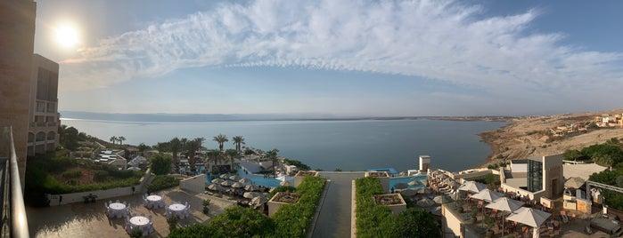 Hilton Dead Sea Resort And Spa is one of สถานที่ที่ Marco ถูกใจ.