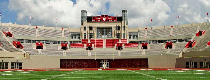 Memorial Stadium is one of Big Ten Tour.