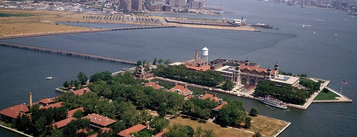 Ellis Island is one of Trudy's list.