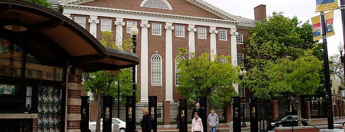 Harvard University is one of USA Roadtrip.