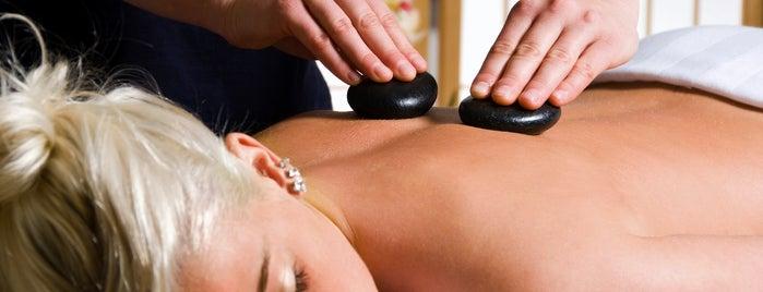 Natural Balance Massage & Wellness Center is one of Lieux qui ont plu à Janelle.