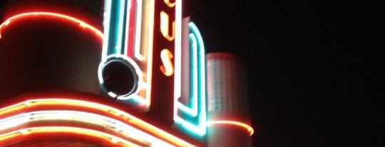 Marcus Oakdale Cinema is one of Sam : понравившиеся места.