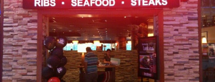 Tony Roma's Ribs, Seafood, & Steaks is one of Lugares favoritos de NZ.
