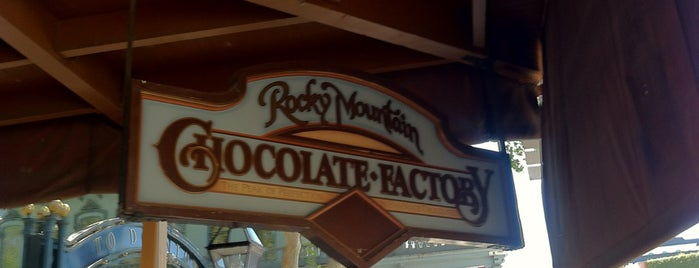 Rocky Mountain Chocolate Factory is one of Dave 님이 저장한 장소.