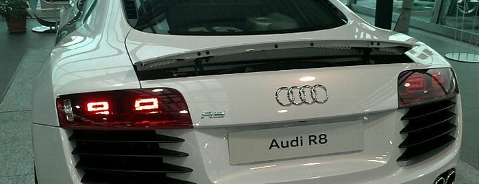 Audi Doğuş Oto is one of Locais curtidos por Acar.
