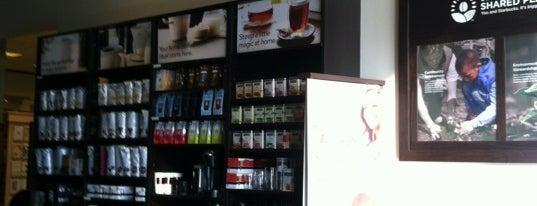 Starbucks is one of Parvathy 님이 좋아한 장소.