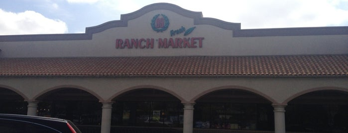 99 Ranch Market - Chino Hills is one of Locais curtidos por Christie.