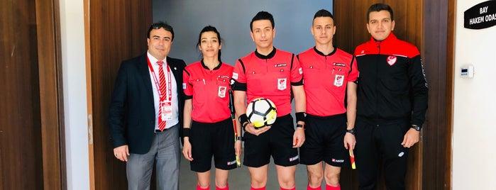 Manavgat Atatürk Stadyumu is one of Posti che sono piaciuti a Fikret.