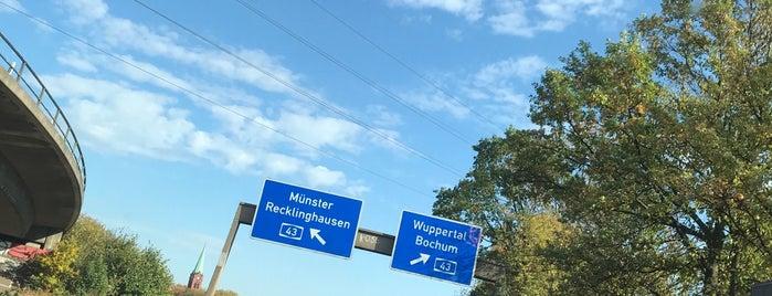 Kreuz Herne (21) (14) is one of Autobahnkreuze.