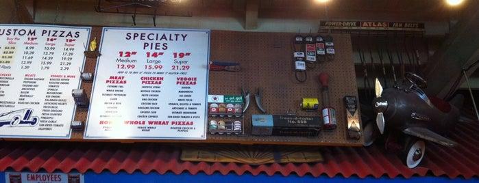 Fuel Pizza Cafe is one of Posti che sono piaciuti a Amelia.