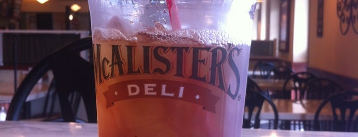 McAllister's Deli is one of Locais curtidos por Channing.