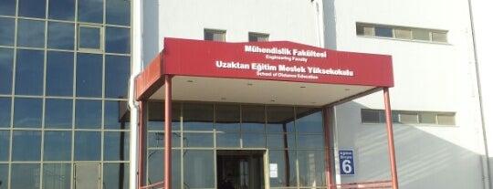 Mühendislik Fakültesi is one of Orte, die Ekrem gefallen.