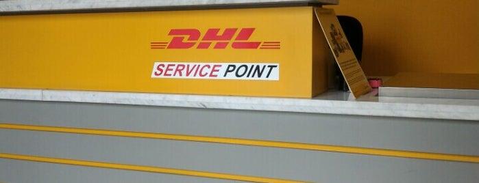 DHL Service Point Slipi is one of Jocelyn : понравившиеся места.
