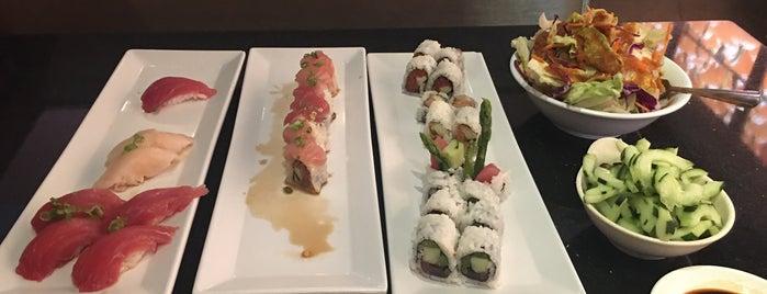 Yama Sushi is one of สถานที่ที่ Geoff ถูกใจ.