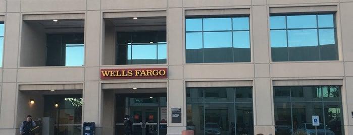 Wells Fargo is one of สถานที่ที่ Jose ถูกใจ.