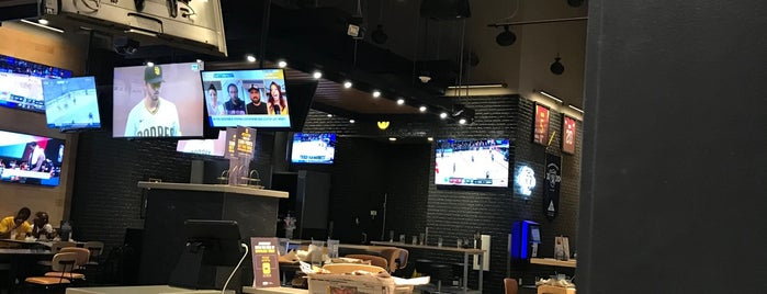 Buffalo Wild Wings is one of #CRUMBALLS.