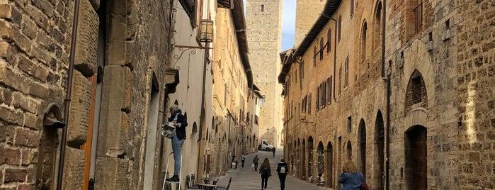 Galleria Gagliardi is one of Toscana.