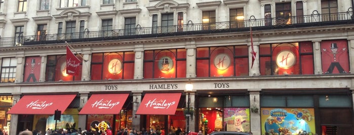 Hamleys is one of Inglaterra.