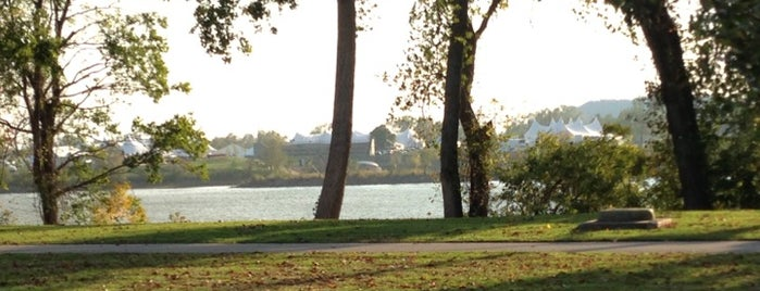 Riverside Park is one of Tulsa Metro Area To Do.