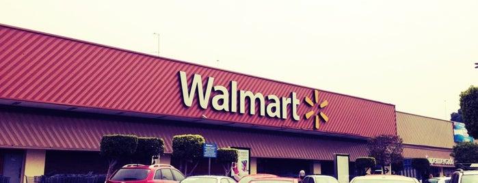 Walmart is one of Orte, die Emilio gefallen.