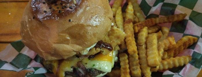 Mare Que Burger is one of Merida.