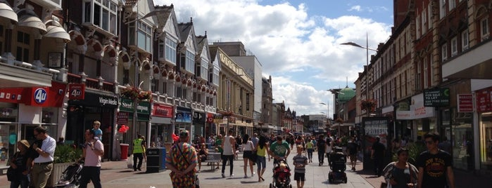 Southend High Street is one of England.