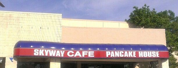 Skyway Cafe is one of Magoo 님이 저장한 장소.