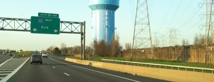 Big Blue Water Tower is one of Tempat yang Disukai MSZWNY.