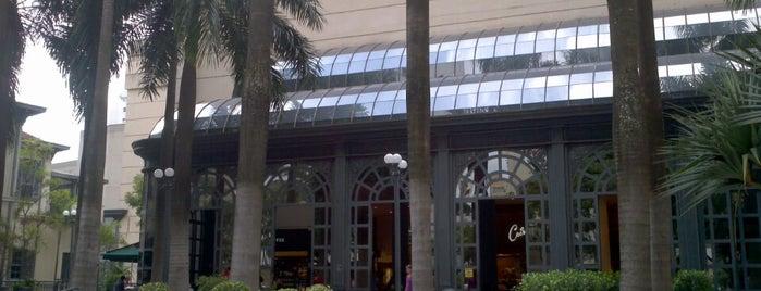Shopping Pátio Higienópolis is one of Bares/Cafés, Restaurantes, Baladas São Paulo e ABC.